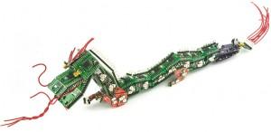 dragon-hecho-con-tablero-de-circuitos.jpg